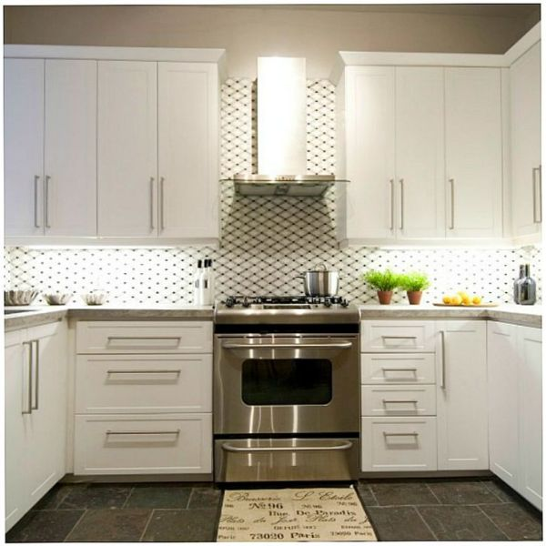 in a kitchen range hoods chimney Do you like chimney style range hoods or do you prefer under cabinet models? #IncomeProperty