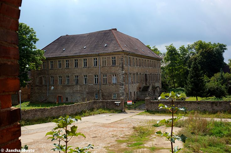 castle t d august 2017 abandoned castle in the former east germany