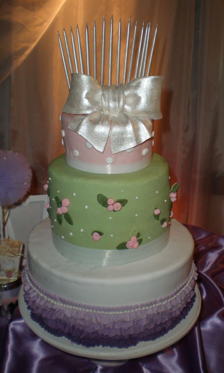 Torta De 3 Pisos Muy Romntica Torta Para 15 Aos En
