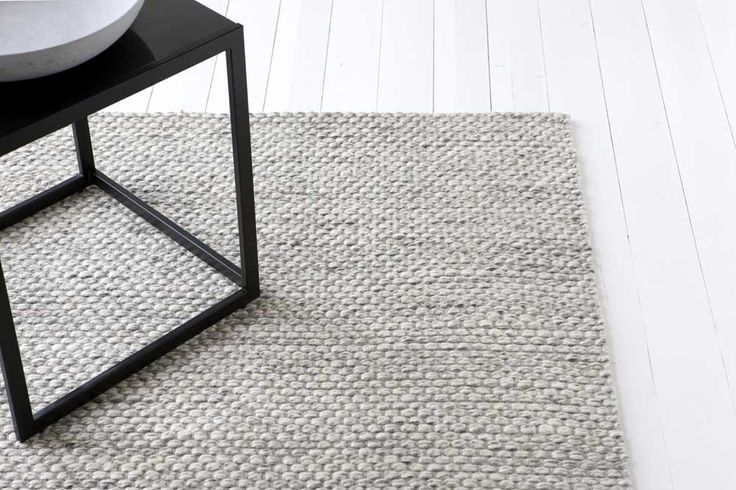 grey carpet in living room design ideas for 2450 kr fossil ljusgrå handvävd | linie länna ...