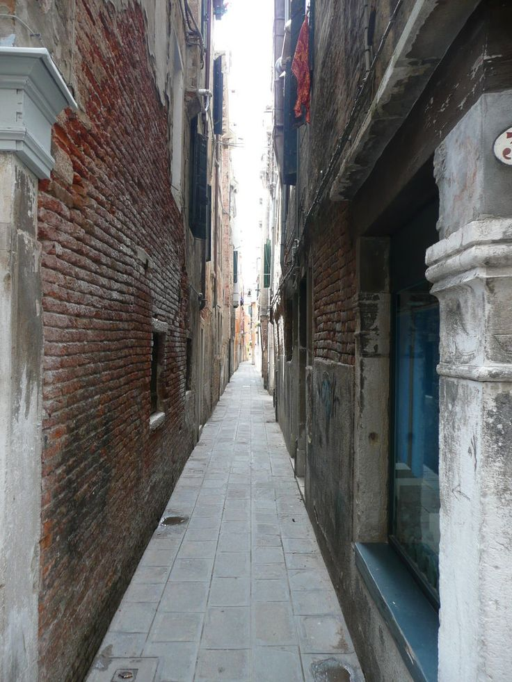 The narrowest street in Venice is called Calletta Varisco and has a width of only 53 centimeters