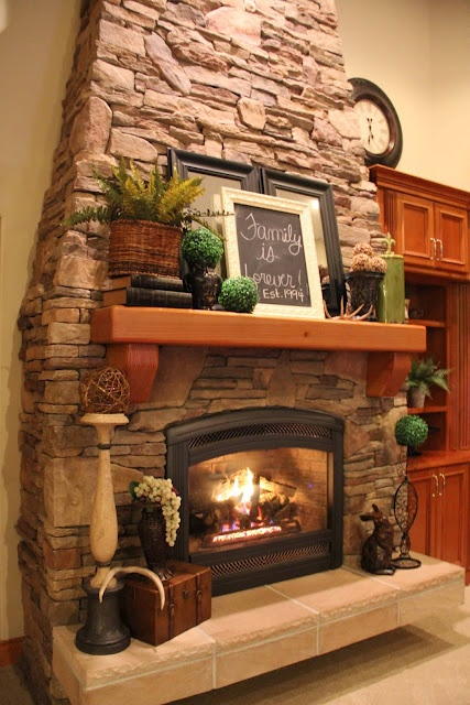 Like This Mantle For The Home Pinterest Mantles Beautiful And Fireplaces