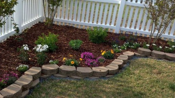 landscaping ideas corner of