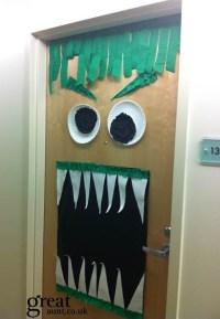 Halloween door decoration #halloween | Dorm Room Ideas ...