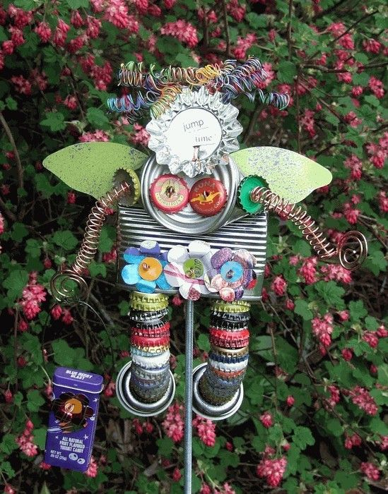 25 Best Ideas About Recycled Garden Crafts On Pinterest Outdoor
