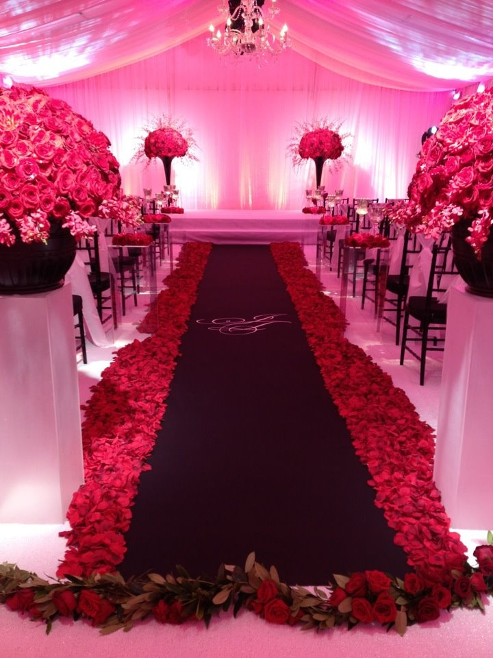 28 best images about RedBlackWhite Wedding on Pinterest  Wedding Centerpieces and Ring shots