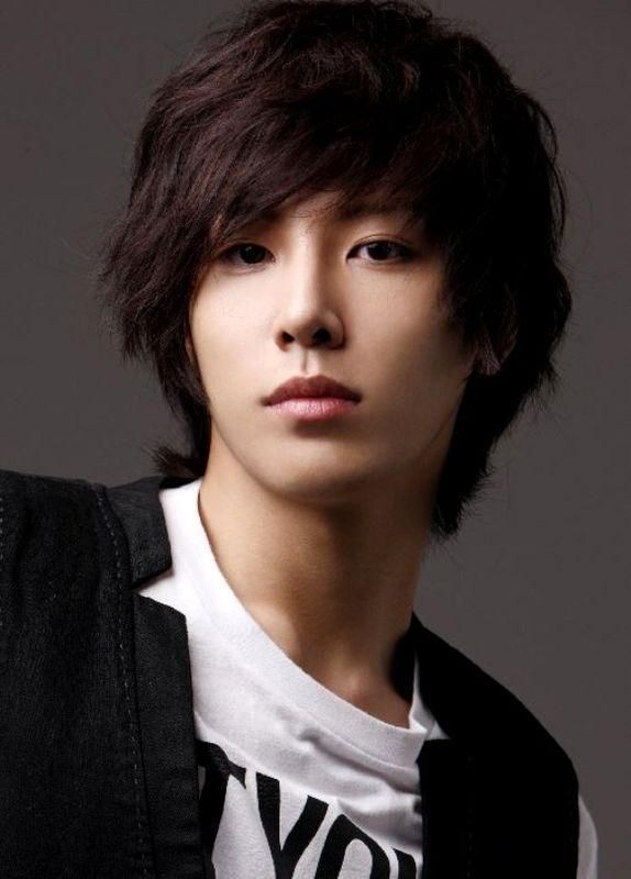 25 Best Ideas About Korean Hairstyles For Men On Pinterest