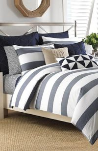 Best 25+ Navy blue comforter ideas on Pinterest | Navy ...