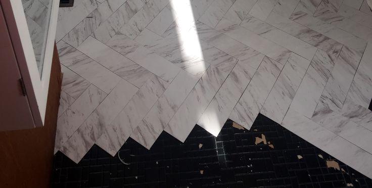 Traffic master Carrera marble peel and stick vinyl cut