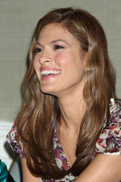 Eva Mendes Long Wavy Hairstyle Hair And Beauty