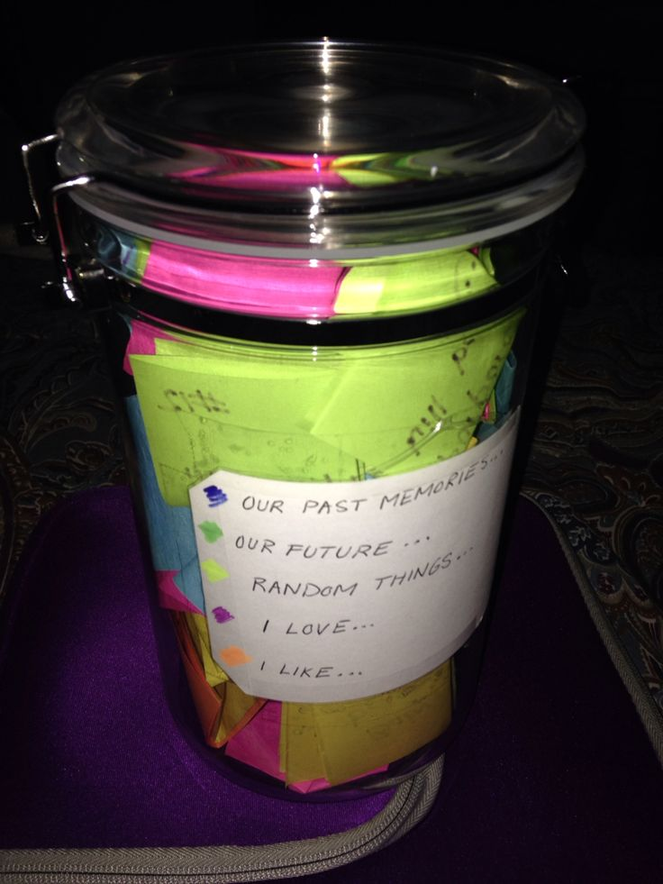 My Boyfriend Made Me A Jar With 365 Notes With Different