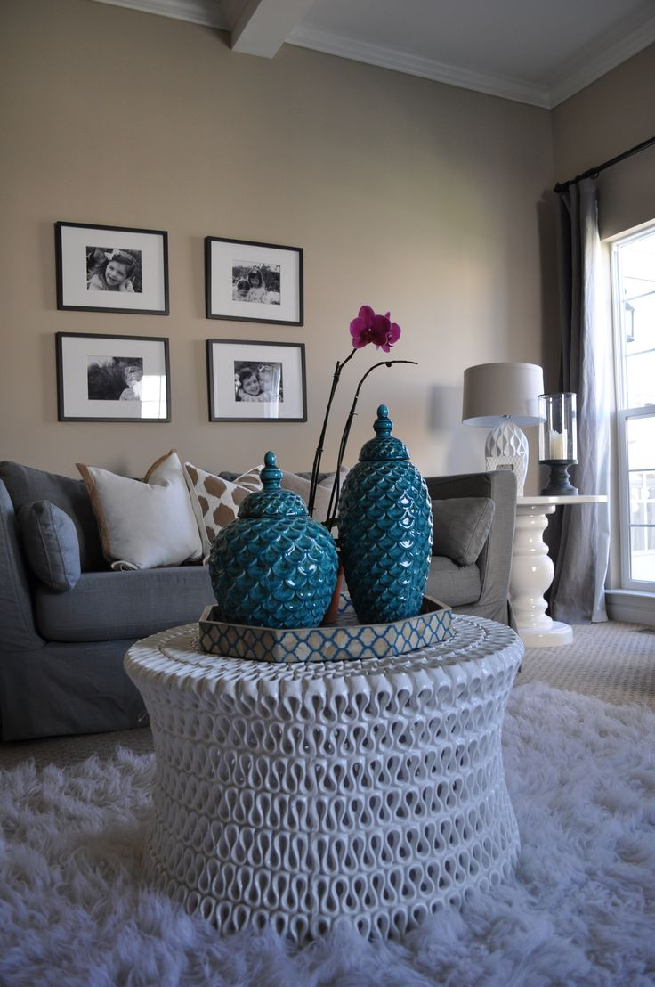 best wall colors for living room with dark brown furniture bohemian rug 23 ideas about mehnaz's on pinterest ...
