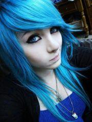 amber mccrackin emo girl blue hair