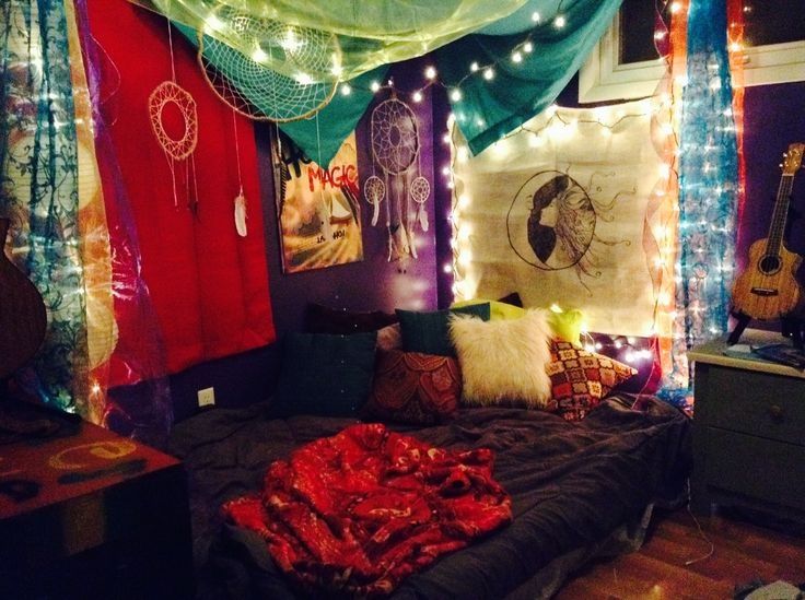 Hippie bedrooms Hippie Style and Bedrooms on Pinterest