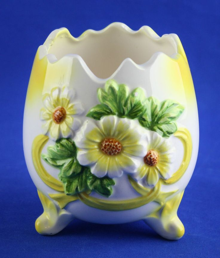 Vintage INARCO Cracked Egg Footed Vase Yellow White
