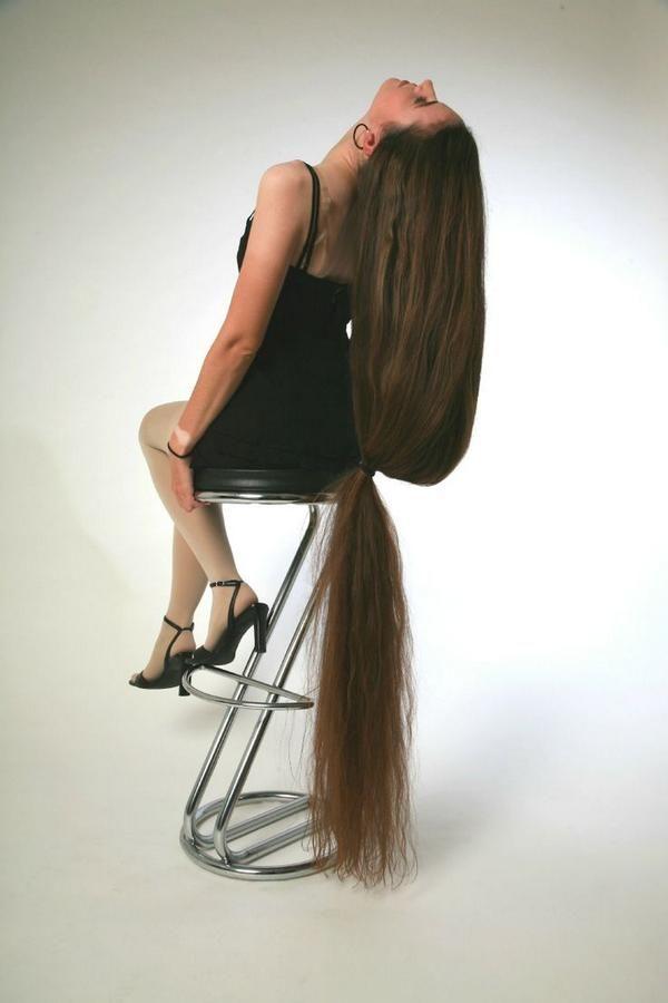Marianne has such beautiful hair  Long hair rapunzel