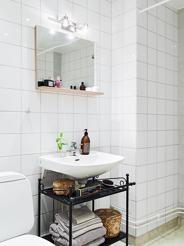 Clever idea for storage under a wallmounted sink  Home