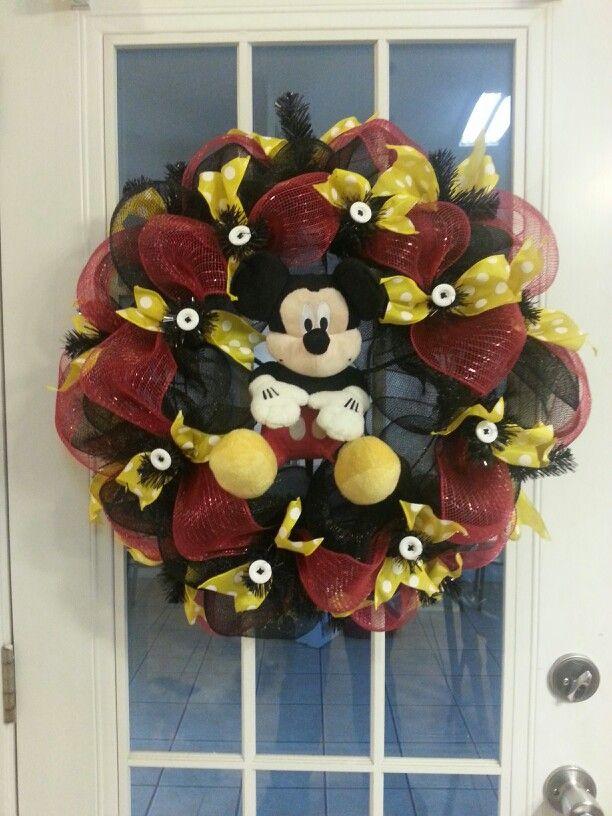 Mickey Mouse Deco Mesh Wreath My Wreaths Pinterest