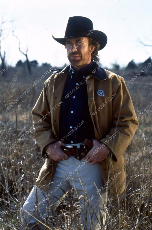 bad Chuck Norris TV Walker Texas Ranger 35m3738