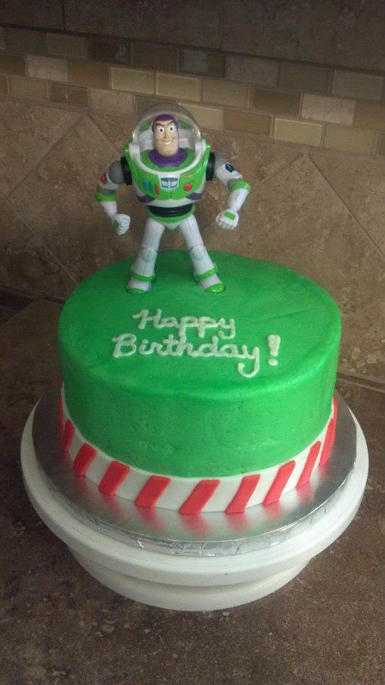 12 Best Images About Buzz Lightyear Cake On Pinterest