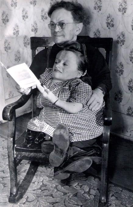vintage freak photos  Disturbing Images  Pinterest