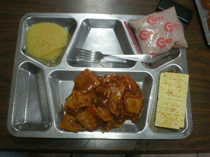 Bandeja de almuerzodel comedor escolaren PR  BORICUA  Pinterest  The school Trays and Lunches