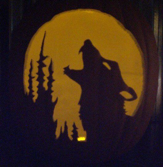 Wolf Moon 1 Stencil Pumpkin