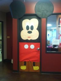 Child Watch Mickey Mouse door done by Me :) | art projects ...