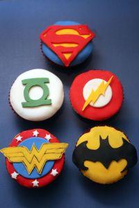 25+ best ideas about Justice League Cake on Pinterest ...
