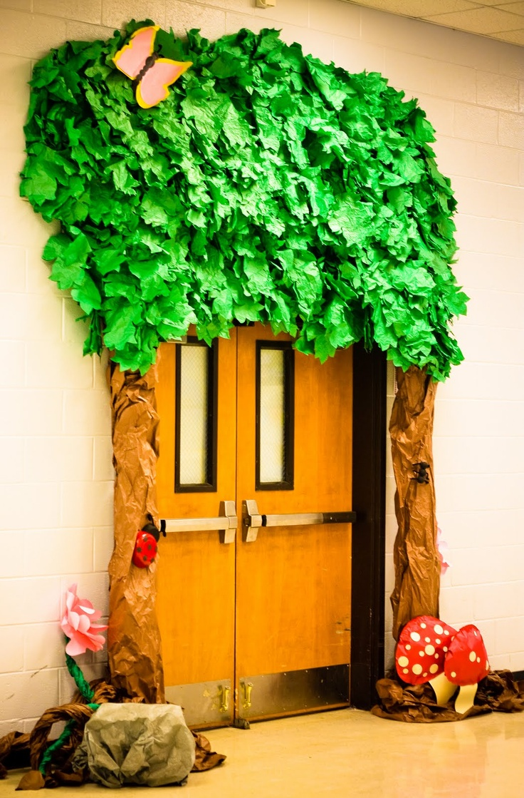 25+ Best Ideas about School Doors on Pinterest