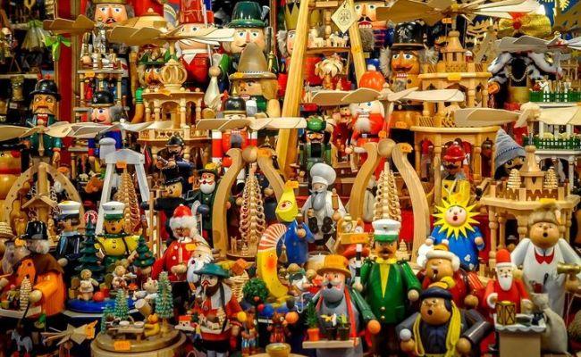 20 Photos Of German Christmas Markets Miniature Toys