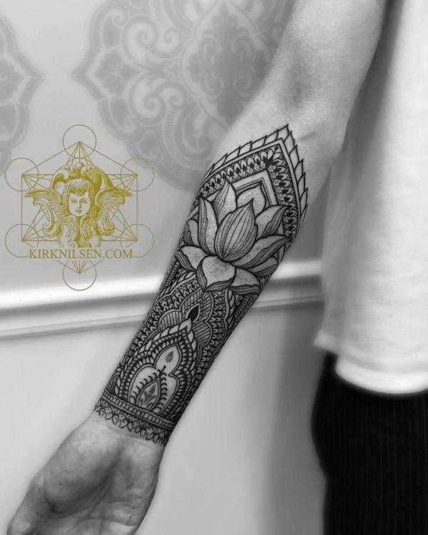 henna style forearm