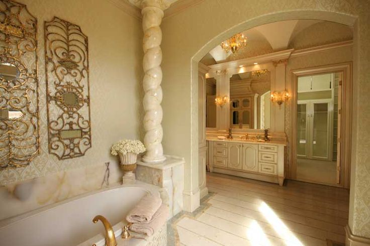 Italian Renaissance bathroom designed by Tracy Rasor and