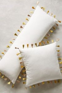 Firenze Velvet Tassel Pillows {cute} | decorate ...