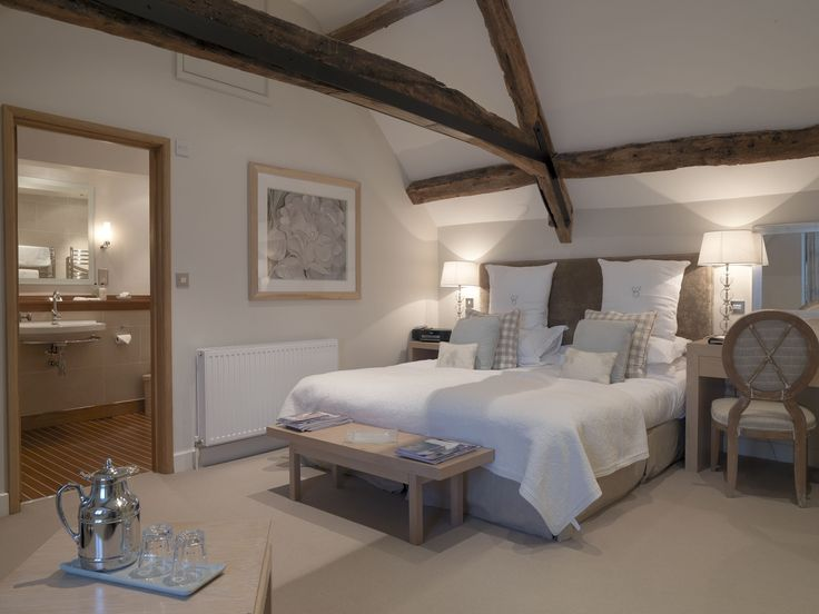 Buckingham a Standard room at Calcot Manor Hotel