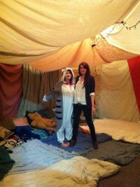 25+ best ideas about Blanket forts on Pinterest | Awesome ...