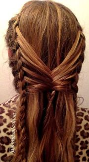 side feathers fishtailed