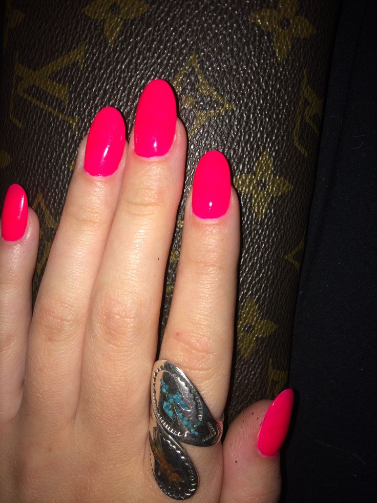 Hot pink oval nails  Beauty  Pinterest  Hot pink