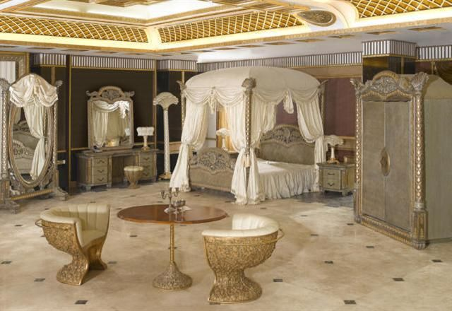 Italian Luxury Bedding Ensembles Furniture In Qatar