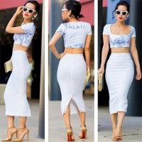 Midi skirt, crop top   Looks & Outfits   Pinterest   Midi ...