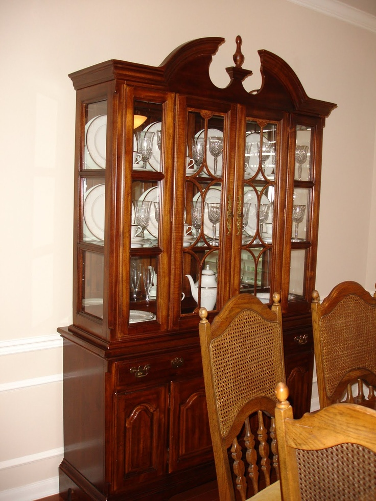 17 images about China Cabinet Display on Pinterest