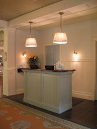 25+ best ideas about Small reception desk on Pinterest ...