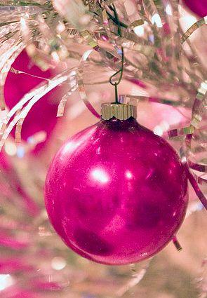 Best 20 Pink Christmas Tree ideas on Pinterest Pink