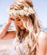 beach bride's bridal hair