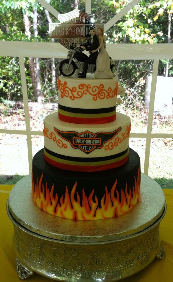 buttercream icing with fondant accents Harley Davidson