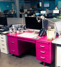 Best 20+ Pink desk ideas on Pinterest | Pink home offices ...