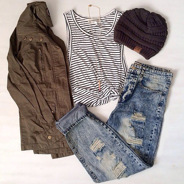 Teenage Fashion Blog: Ripped + Stripes & Knit # Fall Teenage Outfit Look…