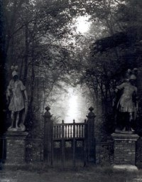 1000+ images about Cemetery on Pinterest | Iron gates ...