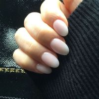 Best 25+ White oval nails ideas on Pinterest   Engagement ...