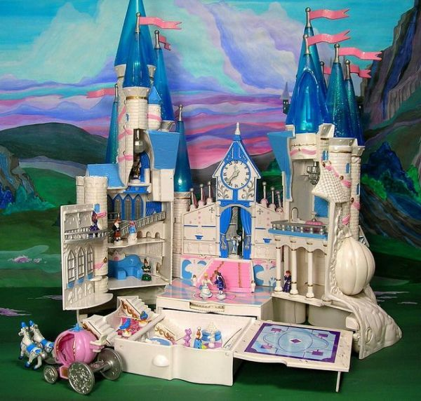 Cinderella Starcastle My absolute favorite toy as a child